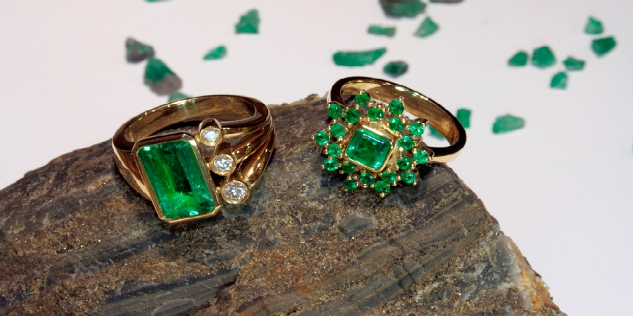 rings with green gemstones