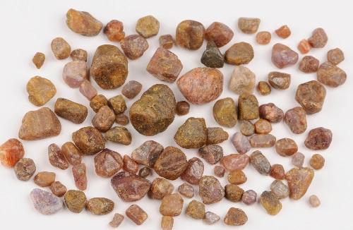 sapphire rough stones